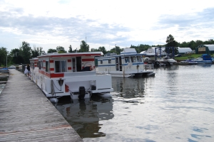 Houseboat safely returned