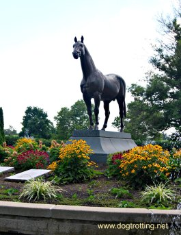 Man 'O War Memorial at the dog-friendly Kentucky Horse Park