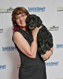 BlogPaws Red Carpet 2017 Silver Paw Studio-small