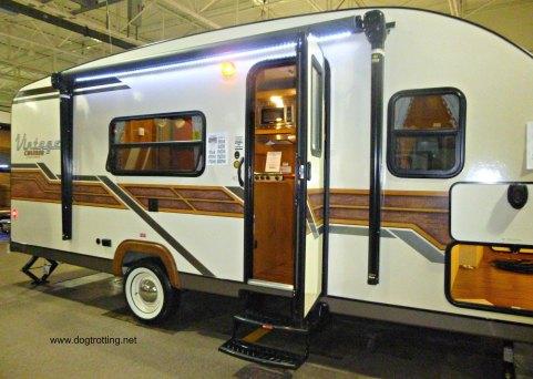 vintage cruiser camper dogtrotting.net