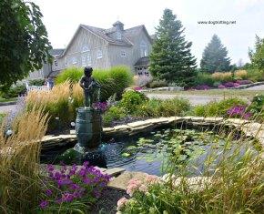 Peninsula Ridge Winery fountain